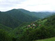 Dalla Costa del Fo' panorama sulla Val Noci con Monte Lago ed Alpesisa sullo sfondo