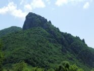 Rocca Barbena scendendo allo Scravaion