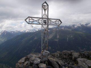 la croce di vetta del Bersaio