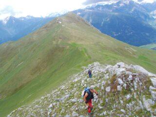 salendo verso la Piconiera ,alle spalle il Bersaio