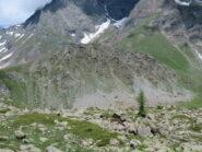 La Rocca Ciarva vista traversando verso l'Alpe la Roussa