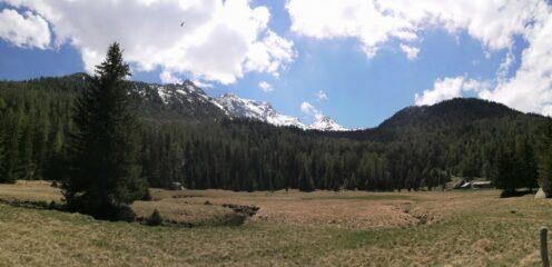 panorama con Tillac sulla destra