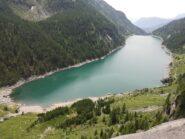 Lo splendido lago di Agaro