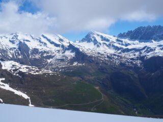 Panorama verso il M.t Gelé dalla vetta.