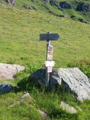 Indicazione nei pressi del Casotto Lago Laus