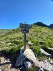 Altro bivio: seguire sempre per Monte Robinet