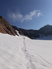 l'ultimo tratto di ghiacciaio, in vista della cima