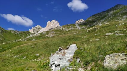 Il Becco Grande poco sopra Alpe Valanghe