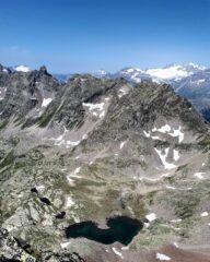Lago Sapelaccio e catena del Pizzo del Teo