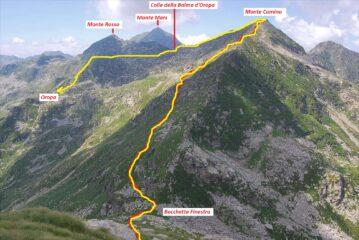 Visti dal Monte Tovo, il percorso di risalita della cresta est per la vetta del Monte Camino e quello di rientro a Oropa