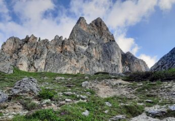 La Torre Piccola è la seconda da destra.