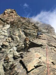 Si arrampica alla volta del picco Montaldo