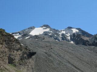 Cima di Entrelor e Aouillé viste dal sentiero