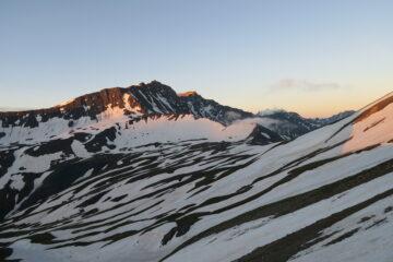 il Col de la Seigne ancora bello bianco