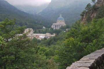 Il Santuario visto dalla Passeggiata dei Preti
