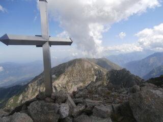 croce con Ventabren sullo sfondo
