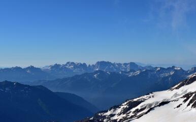 Sguardo verso le Dolomiti di Brenta