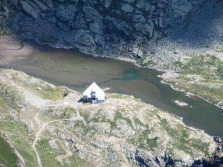 Il rifugio Vallanta visto dall'alto