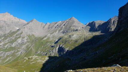 La Costan, al centro, vista dal colle Spiol ancora ben lontana