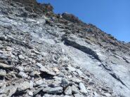 ATTENZIONE: punto con rocce sfasciumose