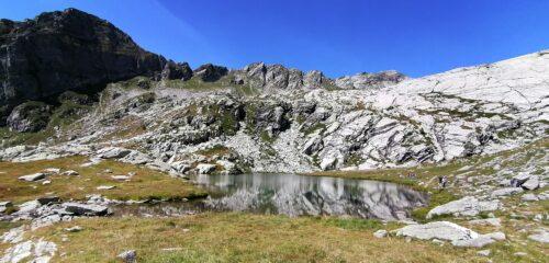 Lago intermedio