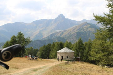 Cappella di San Giovanni e Monte Chersogno
