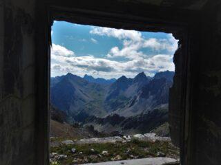 Dalla casermetta del colletto, magica valle Maira...