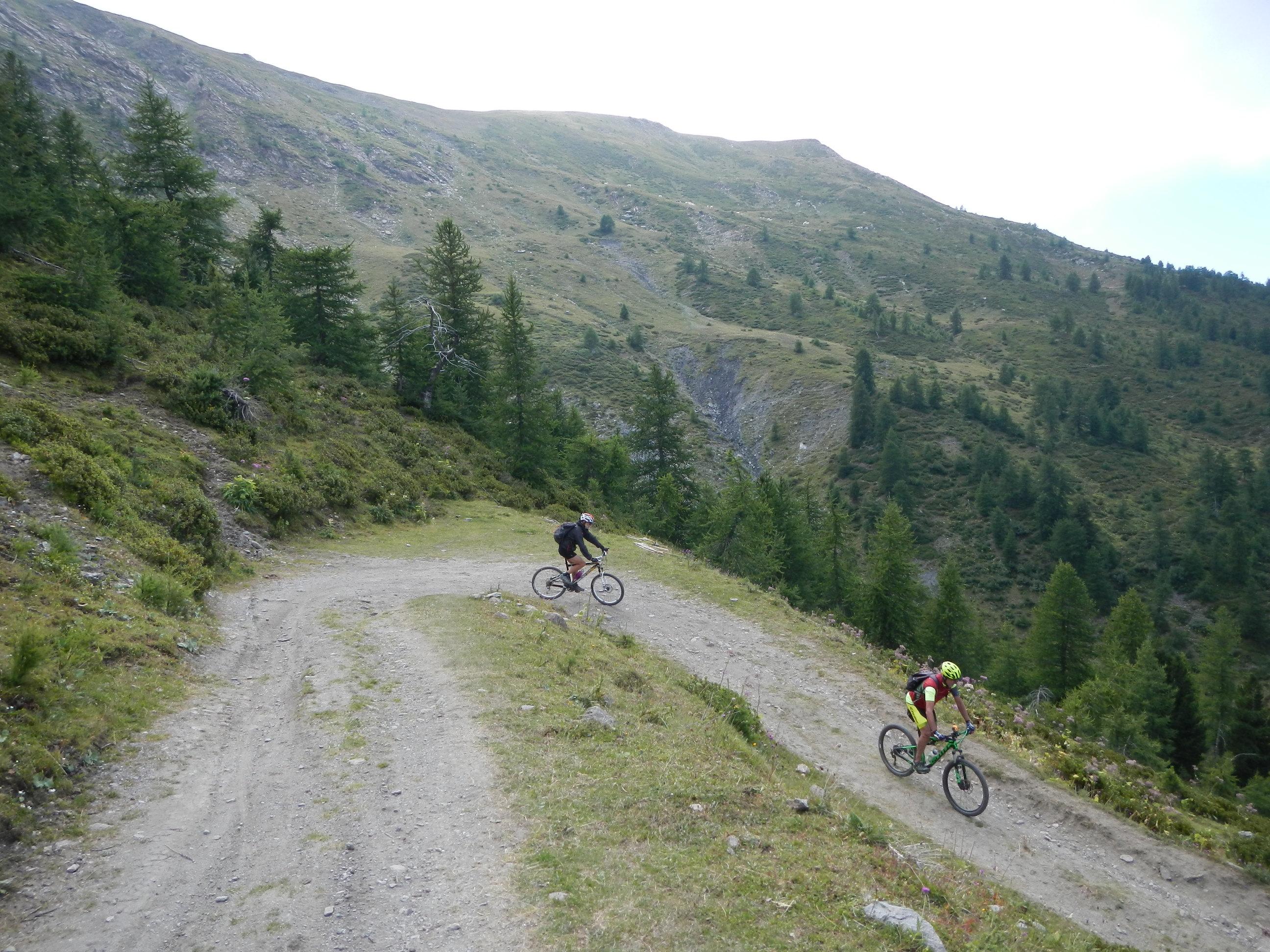 discesa verso l'Alpe Arguel