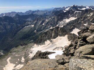 dalla vetta vista del Colle Fea e del ghiacciaio su cui si transita