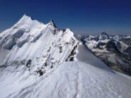 Cresta e Whisshorn dalla cima del Bishorn. A destra spicca la Dent Blanche.