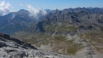 Uno sguardo indietro sul Colle dell'Agnello