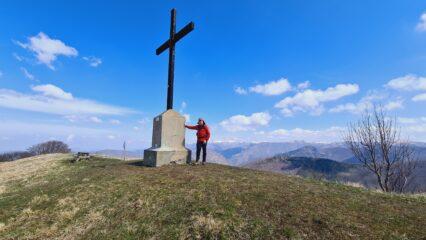 in vetta al Monte Buio