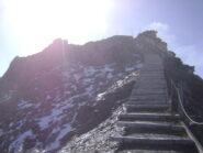 scalinata verso la vetta