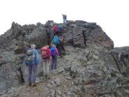 qualche piacevole e divertente passaggio di facile arrampicata lungo la cresta SO del Monte Pasquale