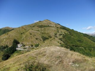Dal Poggio Amandolini , Colla d'Oggia e Monte Grande