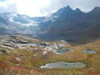 lo splendido anfiteatro glaciale che domina il Plan des Evettes