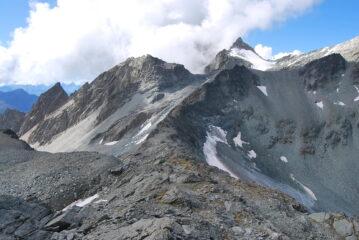 La cresta Ovest dal colle verso i Dents d'Ayatse, dove corre la ferrata