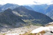 Dalla vetta del Gemello: Colle e Punta Chaparelle, con il Monte Cresto sullo sfondo