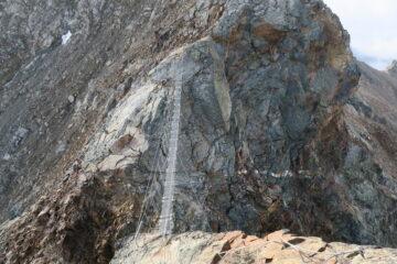 ponte tibetano rimesso a nuovo