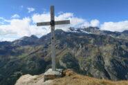 la croce che domina il capoluogo di Valgrisenche