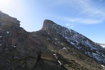 la Tzaboc dal colle, per scendere traversato con i ramponi ai piedi sotto la cima per una cengia assai comoda