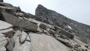 avvicinandosi alla parte alta della cresta NO della Punta Violetta