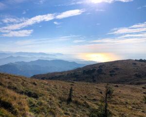 Panorama verso il mare dal bivacco A.Bellani (Monte Penello)