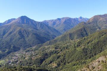 panoramica dal sentiero 135A - in primo piano M. Torretta del Prete