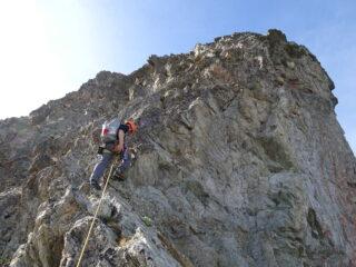 Primo tiro sulla Spalla: roccia ancora accettabile (foto mgulliver)