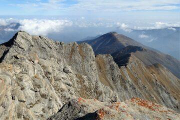 La cresta di salita vista dalla cima
