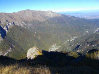 dalla cima ,vista su Certosa e Bassa valle Pesio