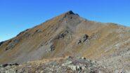 La punta vista dalla cresta che la unisce alla Punta Chaligne