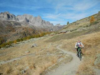 tratto pedalabile verso il Lac Laramon