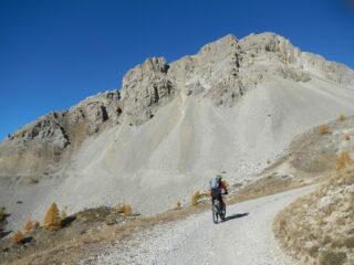 il bel tratto a mezza costa verso il Col de Granon